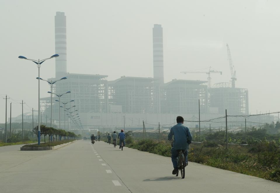 Utsikt over kullkraftverket ved