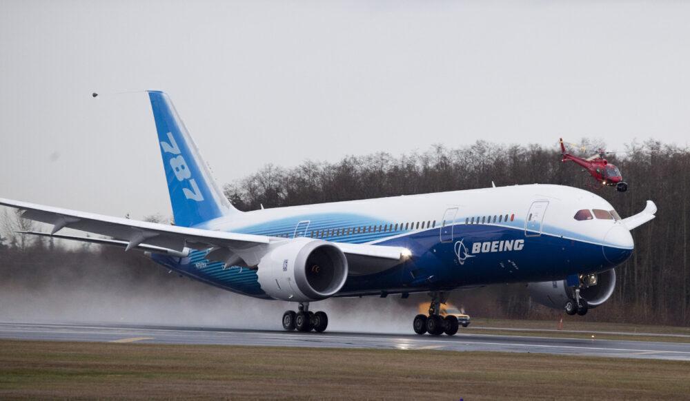 Boeing 787 Dreamliner tar sin første testflyging