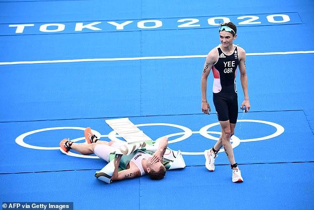 Alex Yee (til høyre) i Storbritannia tar sølvet etter å ha briljant debutert i OL